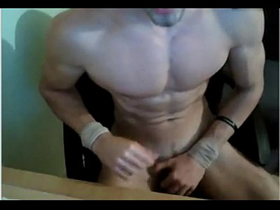 Attractive Cam Gay Stud Totally Nude On His Session