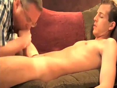 Sexy Cam Hunk Gets His Penis Sucked By A Perverted Mature Guy